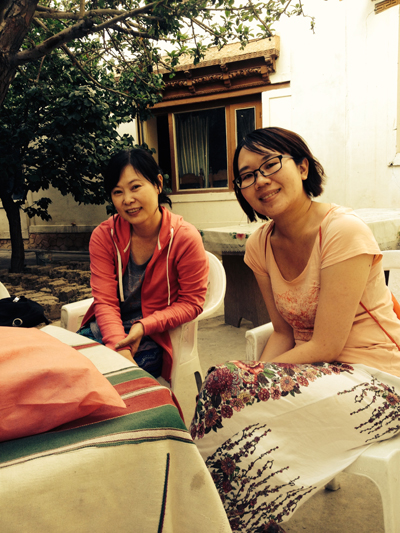 taiwan girls sitting at guest house